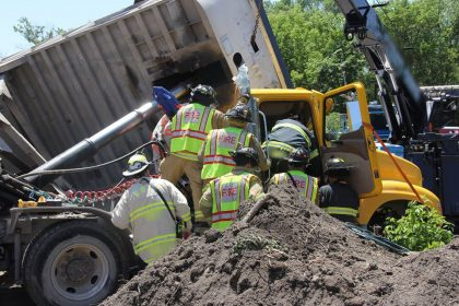 Fire-Fighters-Truck-Construction-Accident-Personal-Injury-in-Elmhurst-Illinois